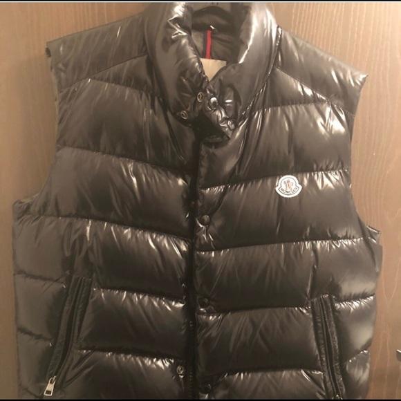 "96570e146 Moncler ""Tib"" down vest black shiny , size xxl 5"